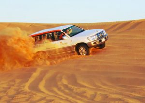 desert-safari-dubai-jeep